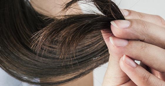 كيف تعالجين الشعر التالف وتقللين من تكسرة؟