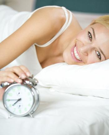 نظرة على كريم الليل المثالي لبشرة جميلة عند الاِستيقاظ