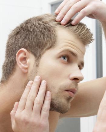 4 نصائح لمواجهة تساقط الشعر عند الرجال