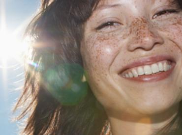 D'où viennent les taches brunes sur la peau?