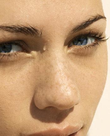 Rendre plus forte une peau sèche et sensible grâce à l'Eau Thermale
