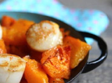 La recette qui vous veut du bien: noix de Saint-Jacques poêlées et courge butternut rôtie