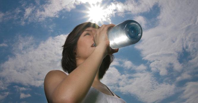 Sérum hydratant: Votre dose de santé au quotidien