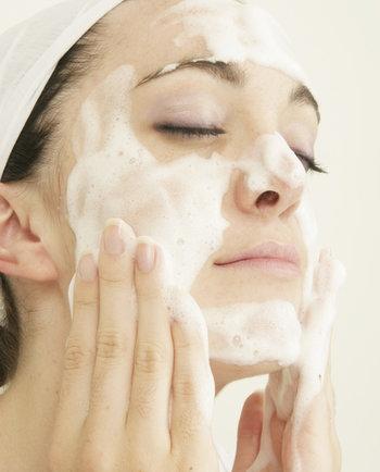 Gel moussant : le nettoyage de peau fraîcheur