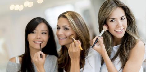 Peaux à imperfections: toutes les astuces de maquillage