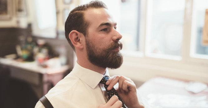 Tondeuse ou ciseaux, comment tailler sa barbe?