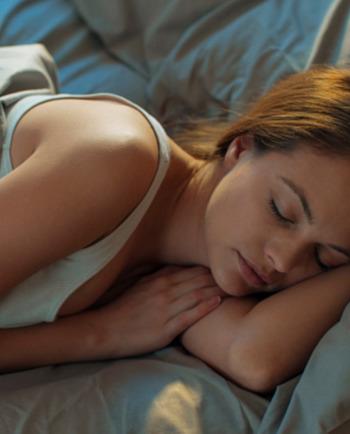 Hydrater votre peau: pensez-y aussi la nuit